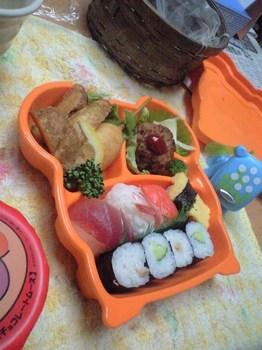 パパの労いのお寿司2